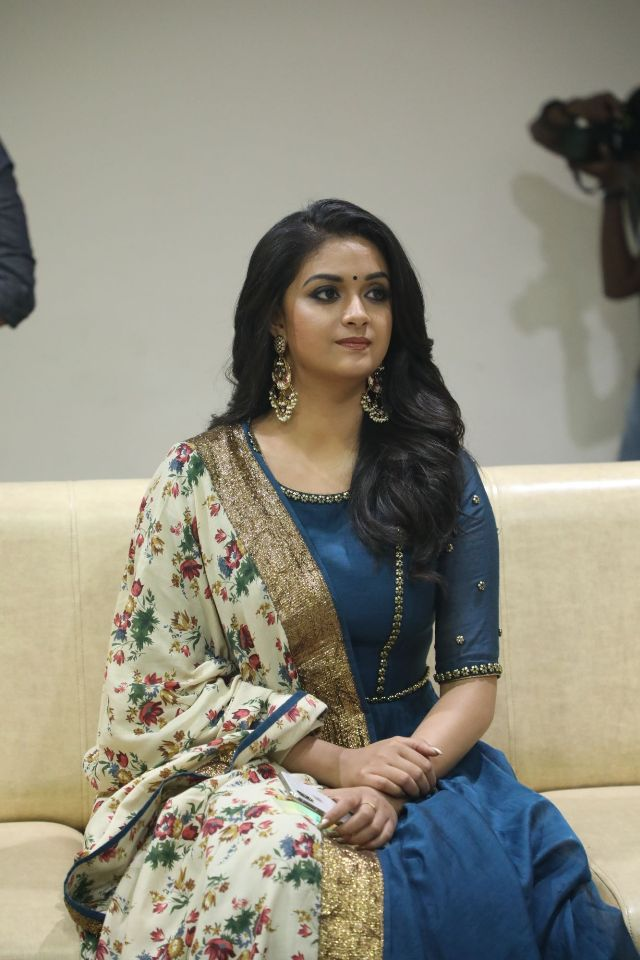 actress_keerthi_suresh_latest_photos01