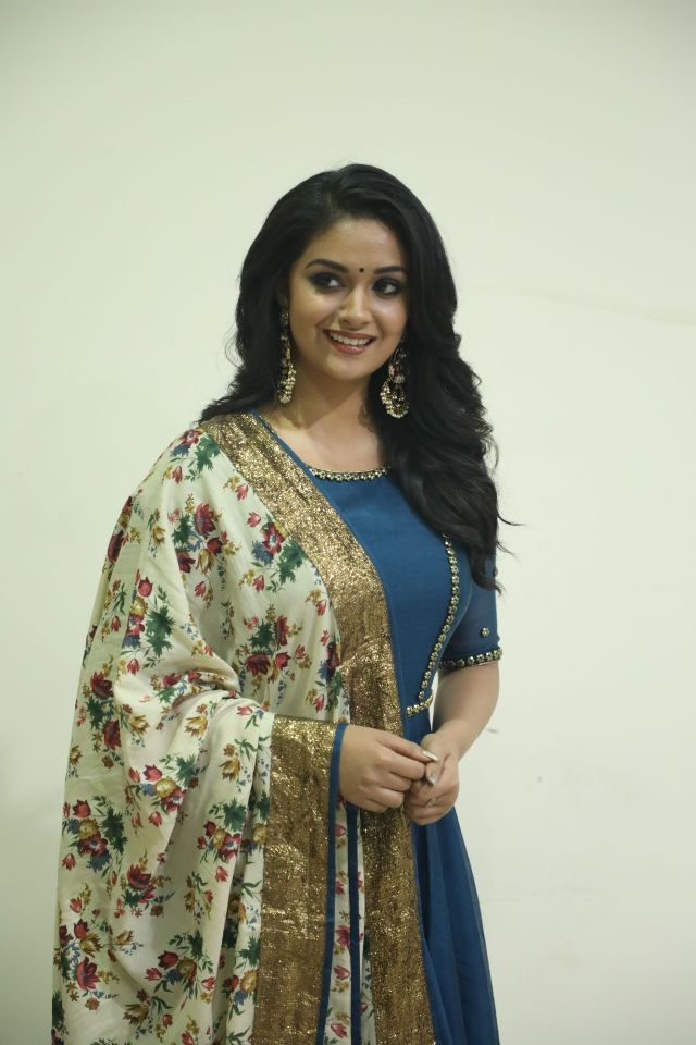 actress_keerthi_suresh_latest_photos12
