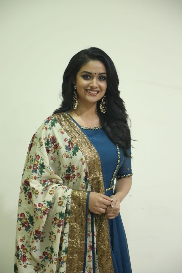 actress_keerthi_suresh_latest_photos13