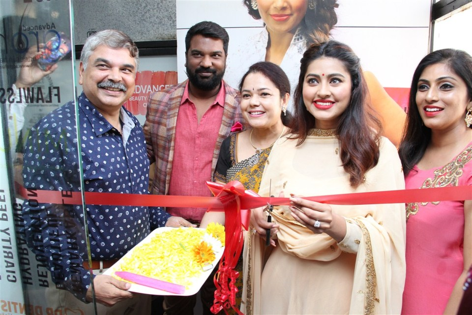 actress_sneha_opened_abc_clinic_06