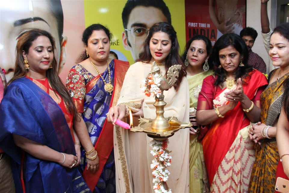actress_sneha_opened_abc_clinic_09