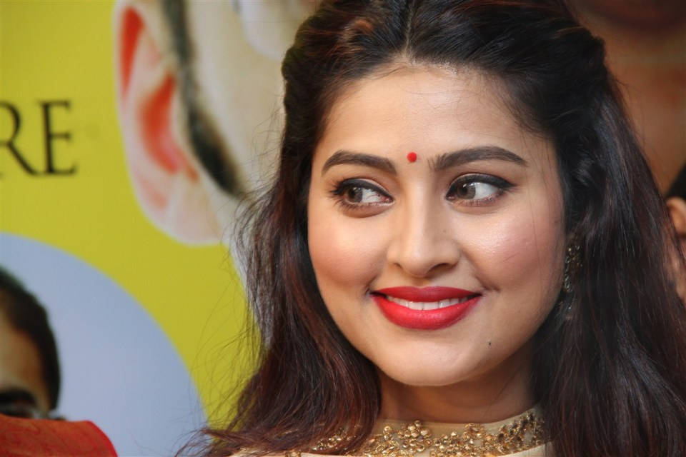 actress_sneha_opened_abc_clinic_14