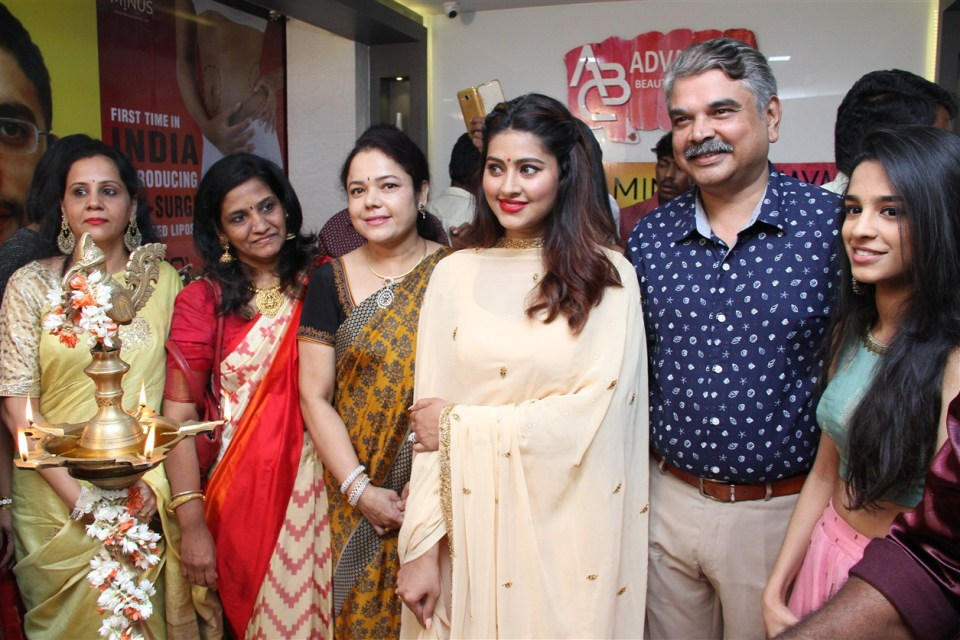 actress_sneha_opened_abc_clinic_16