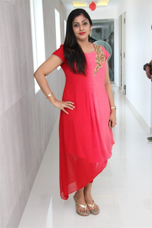 actress_sneha_opened_abc_clinic_21