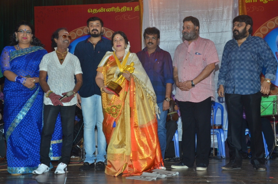 captain_vijaykanth_opened_MGR_stachu_13