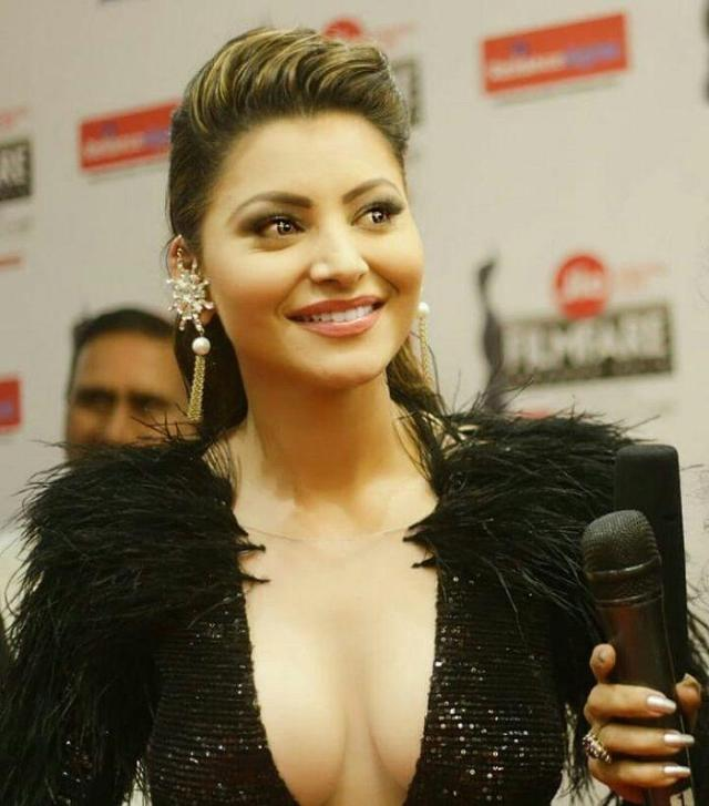 celebs-at-63rd-jio-filmfare-awards-2018-Photos_02