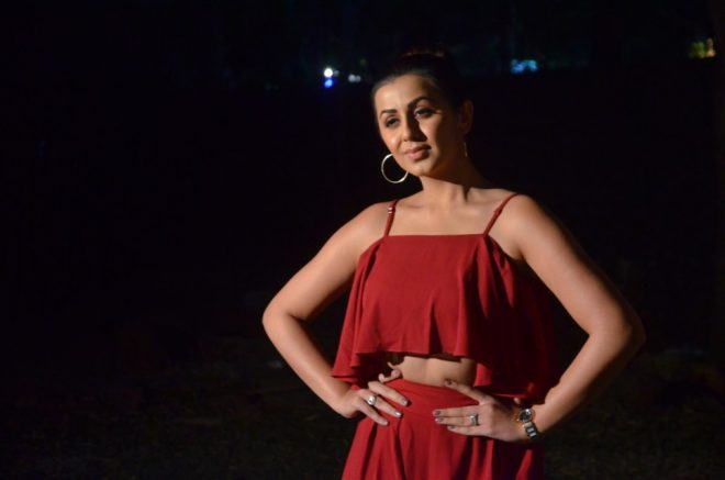 nikki_galrani_hot_in_red_dress_05