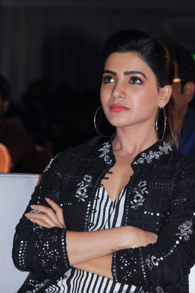 samantha_in_irumbhu_theerai_audio_launch_04