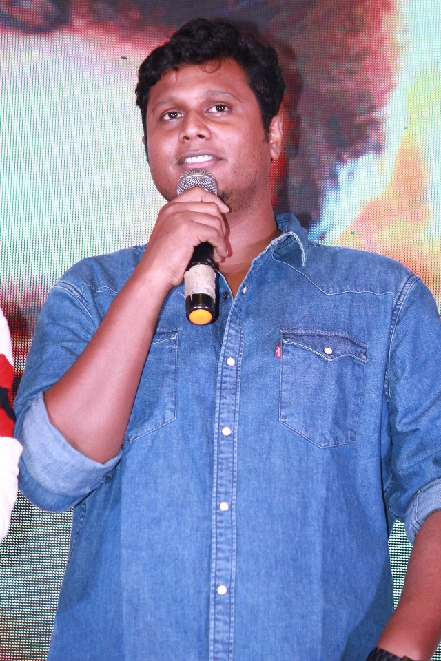 thaana_serndha_kootam_success_meet_07