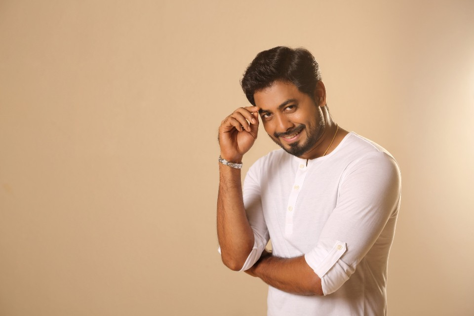 actor_aari_exclusive_photoshoot_2