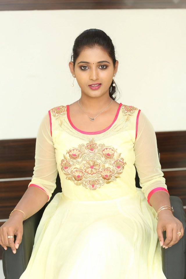 actress_teja_reddy_stills_10