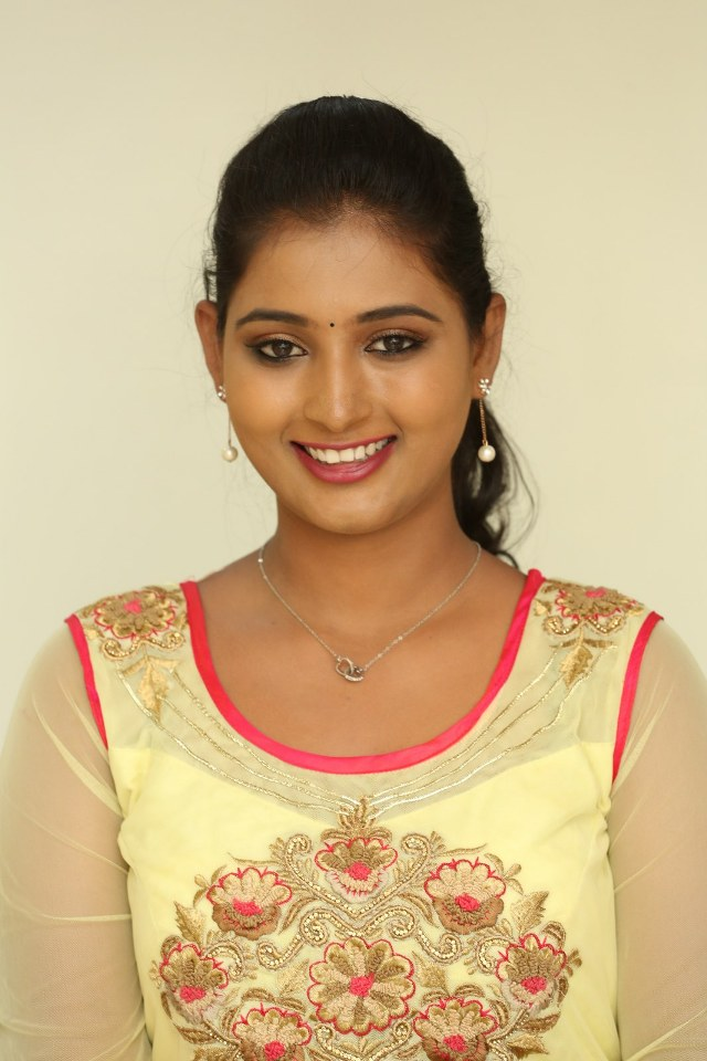 actress_teja_reddy_stills_11