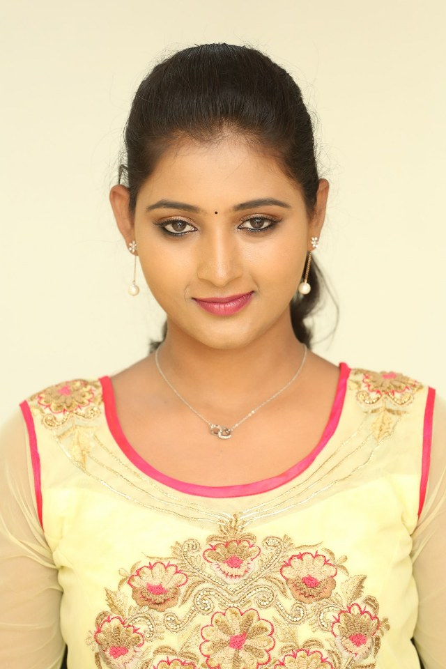 actress_teja_reddy_stills_13