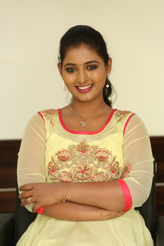 actress_teja_reddy_stills_18