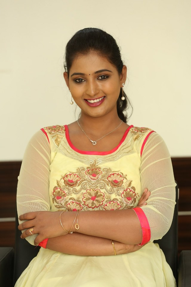 actress_teja_reddy_stills_19
