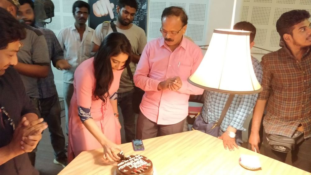 mr chandramouli regina cake cutting 1 Mr Chandramouli Shoot Spot
