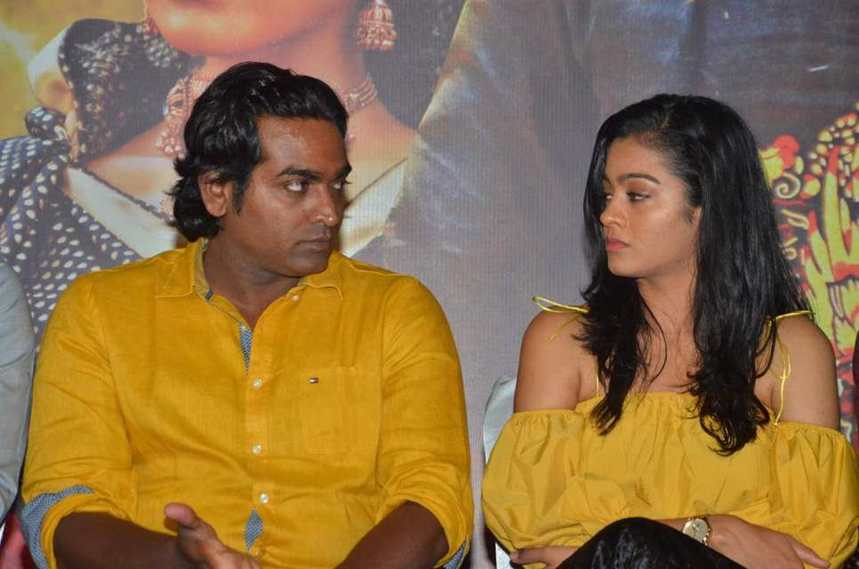 oru_nalla_nal_paathu_soldren_press_meet_16oru_nalla_nal_paathu_soldren_press_meet_16
