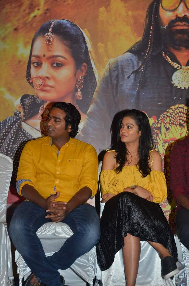 oru_nalla_nal_paathu_soldren_press_meet_18