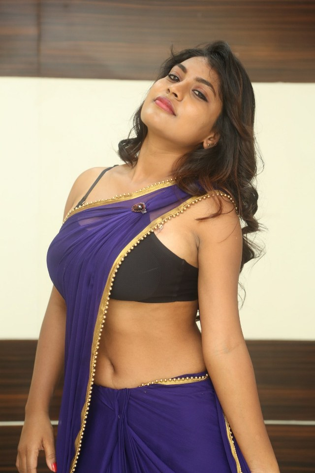 priyanka_augustin_hot_stills_ 16priyanka_augustin_hot_stills_ 16