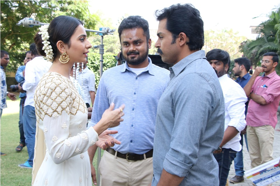 actor_karthi_17th_movie_poojai_stills_12