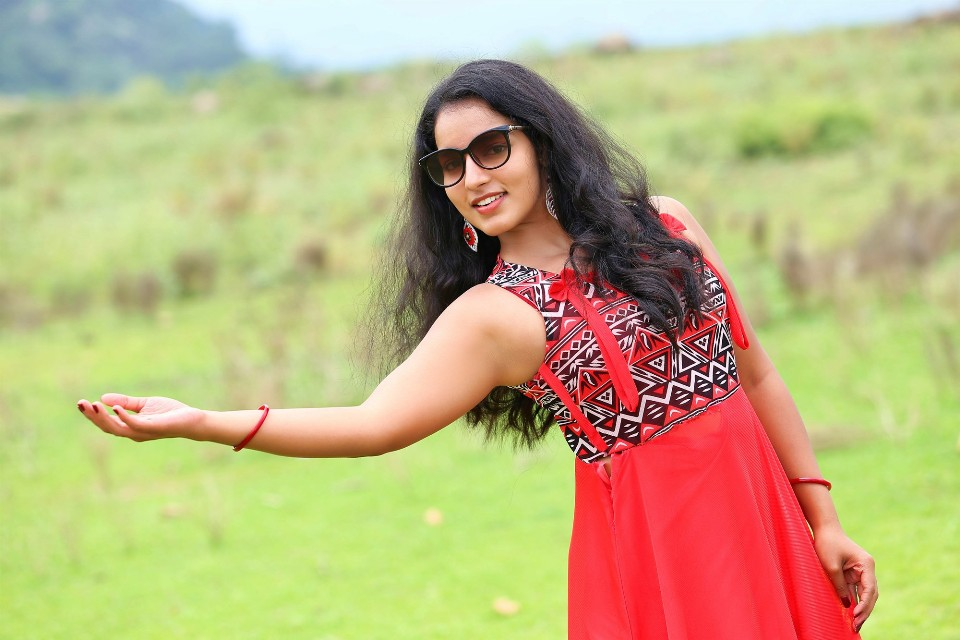 malavika_menon_hot_stills_12