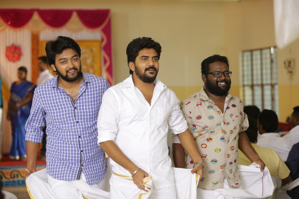 natpuna_ennanu_theriyuma_movie_Stills_02