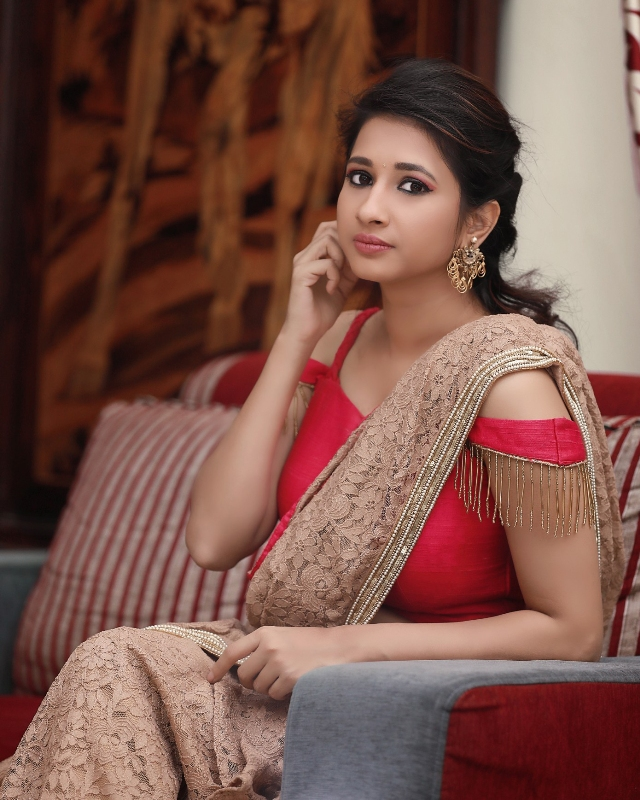 manvitha_latest_photoshoot_11