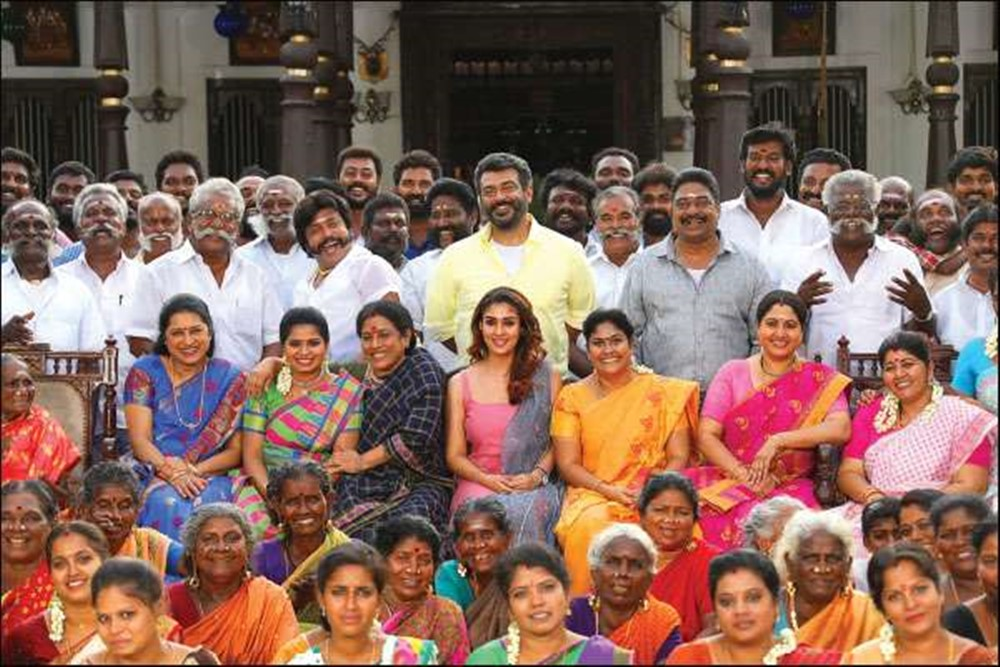 actor-ajith-viswasam-recent-pics-familypic
