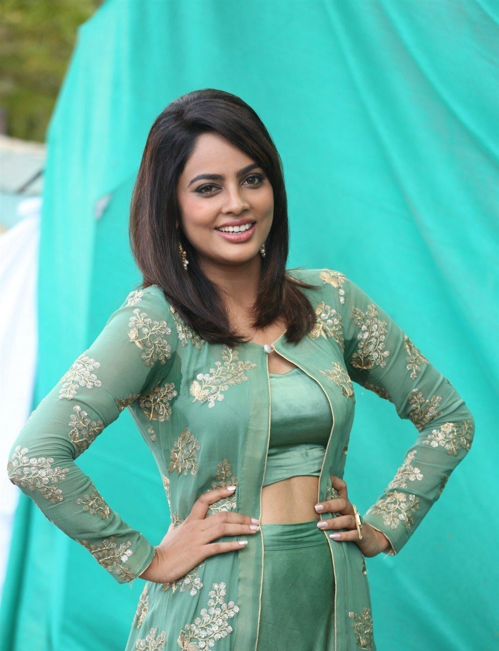 actress-nandita-swetha-stills-1