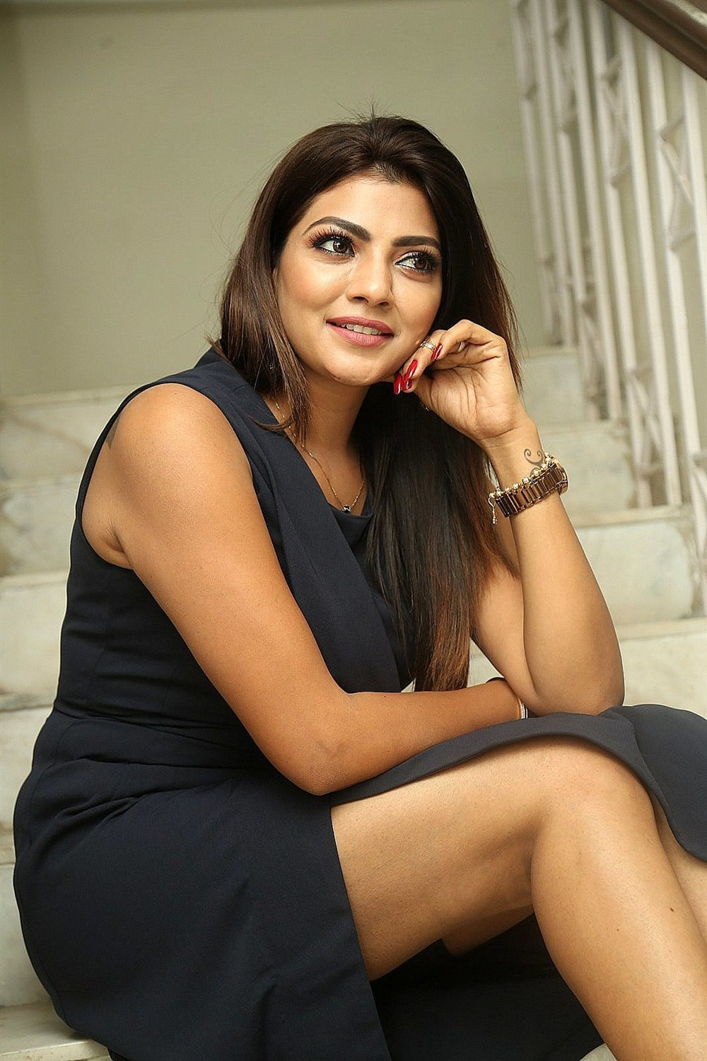 actress-lahari-photos-hot-sexy-5