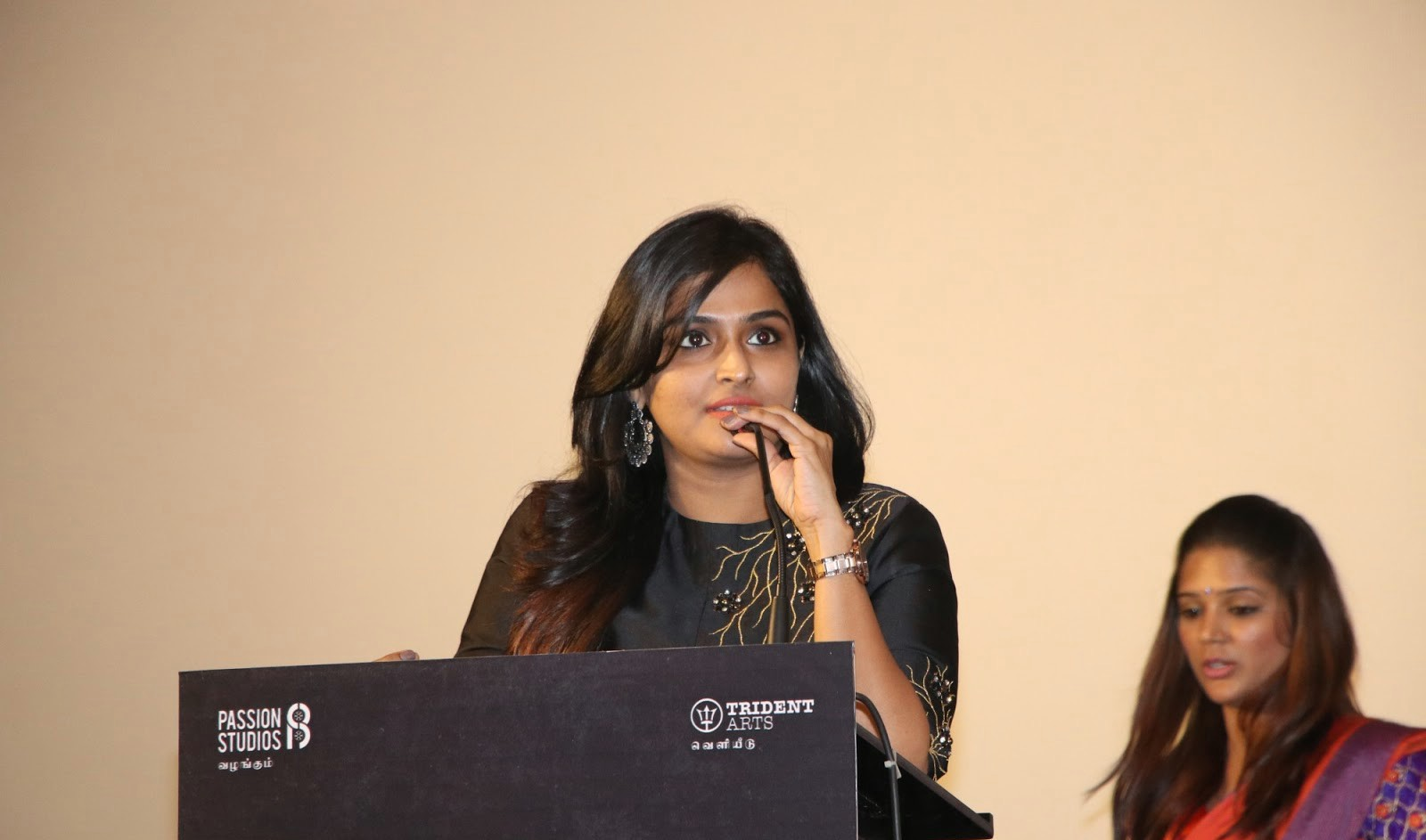actress-ramya-nambeesan-images-seethakathi-press-meet-1