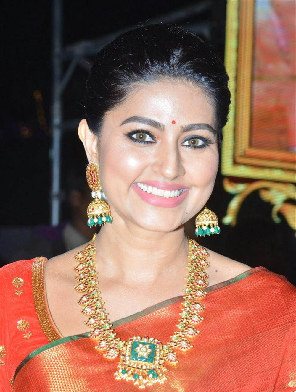 actress-sneha-new-photos-4