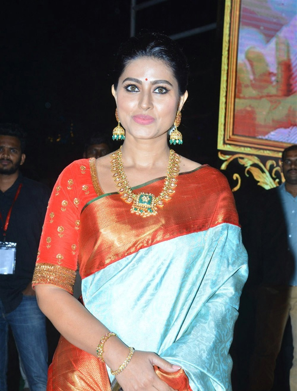 actress-sneha-new-photos-5