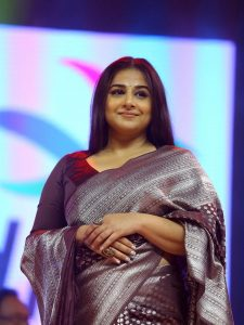 actress-vidya-balan-saree-photos-3
