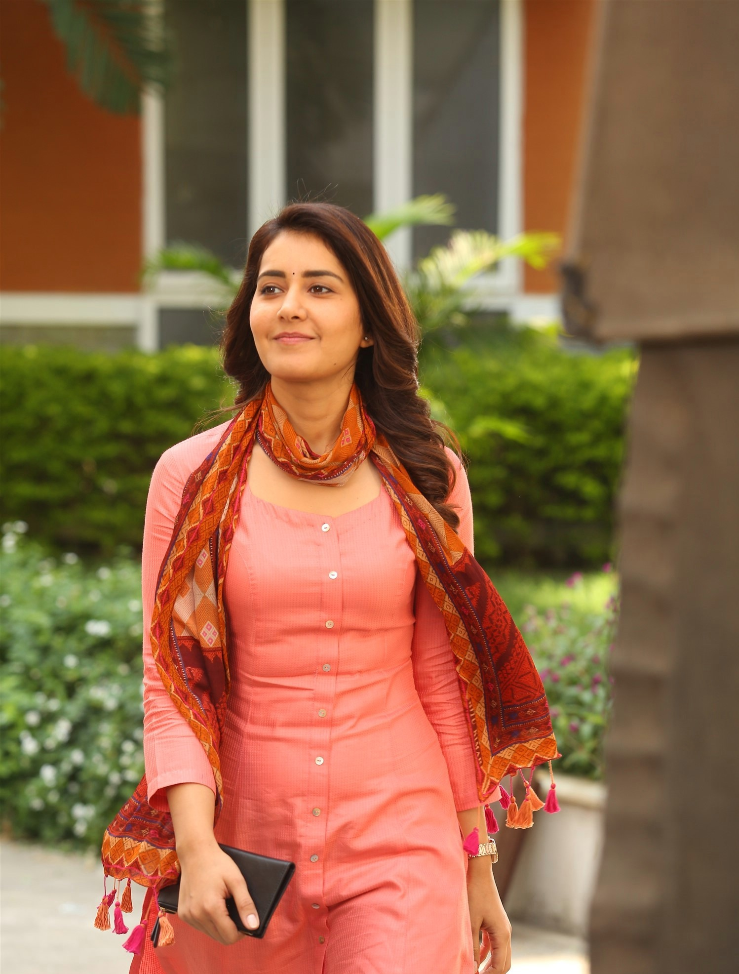 rashi-khanna-cute-stills-1