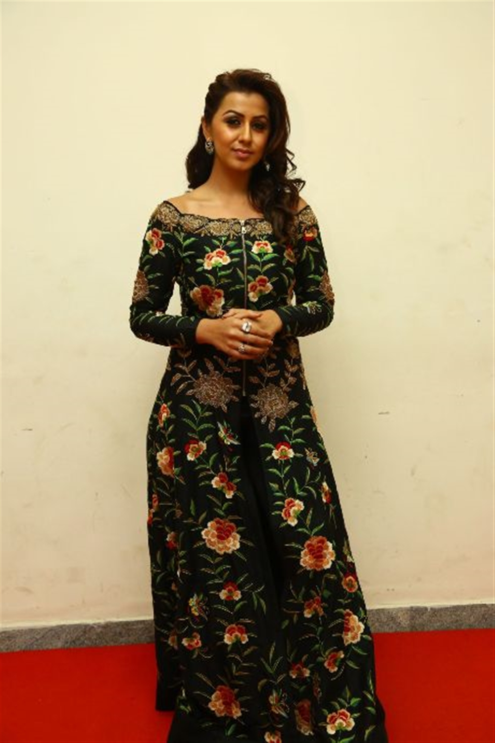 tamil-actress-nikki-galrani-new-pic-6
