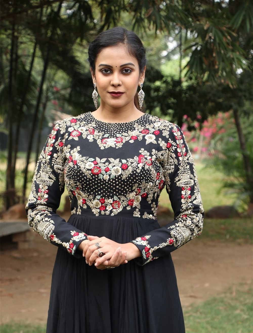 actress-chandini-tamilarasan-beautiful-photos-5
