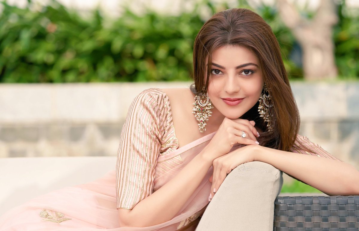 actress-kajal-agarwal-latest-photoshoot-saree-1
