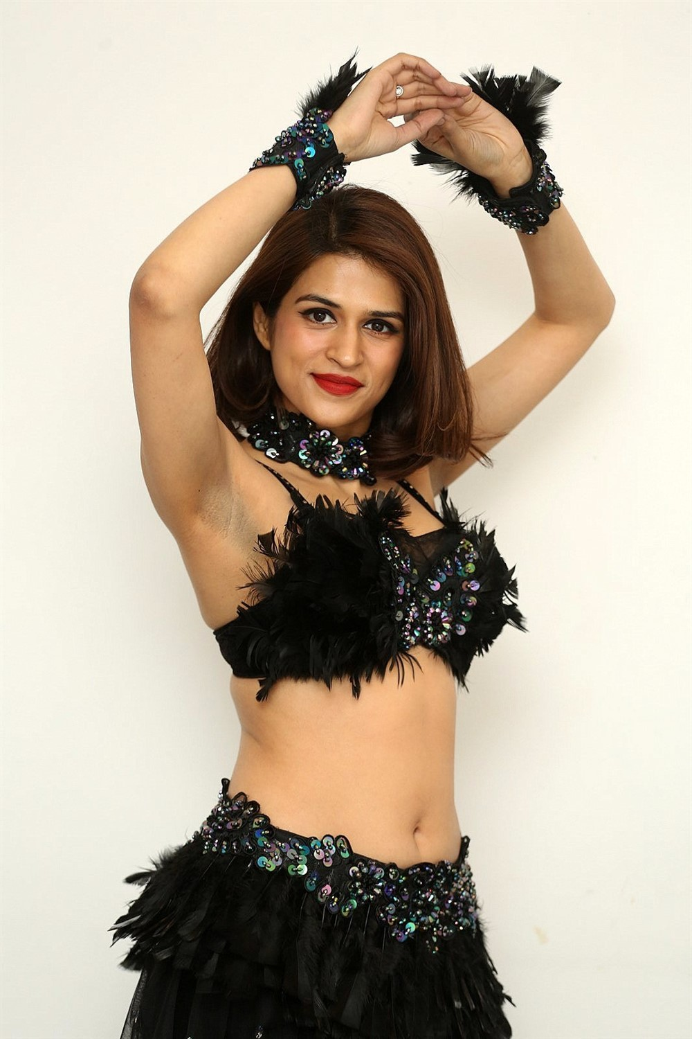 Shraddha Das Hot Images
