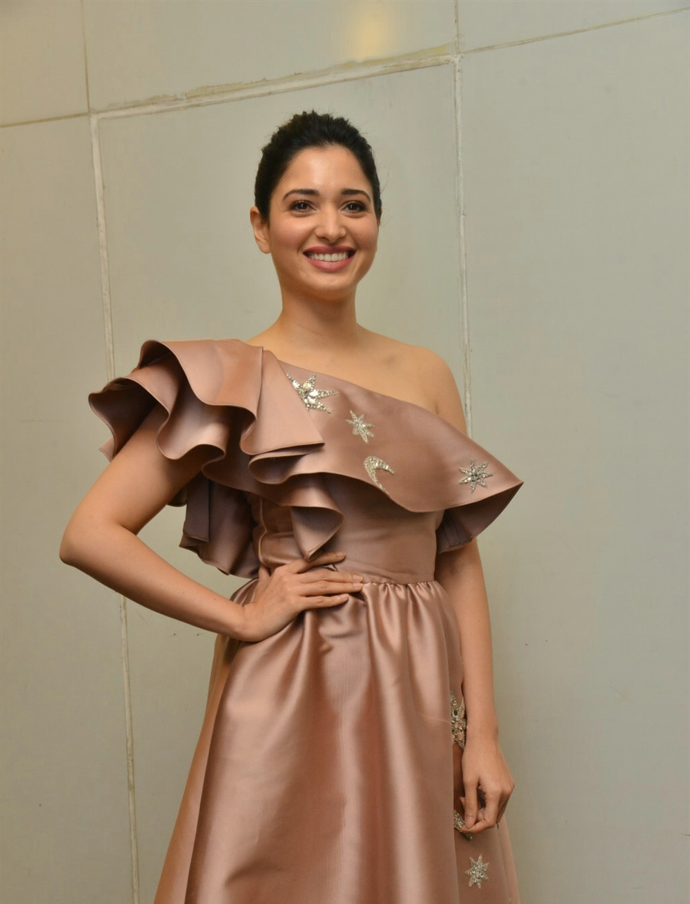 actress-tamanna-photos-latest-stills-1