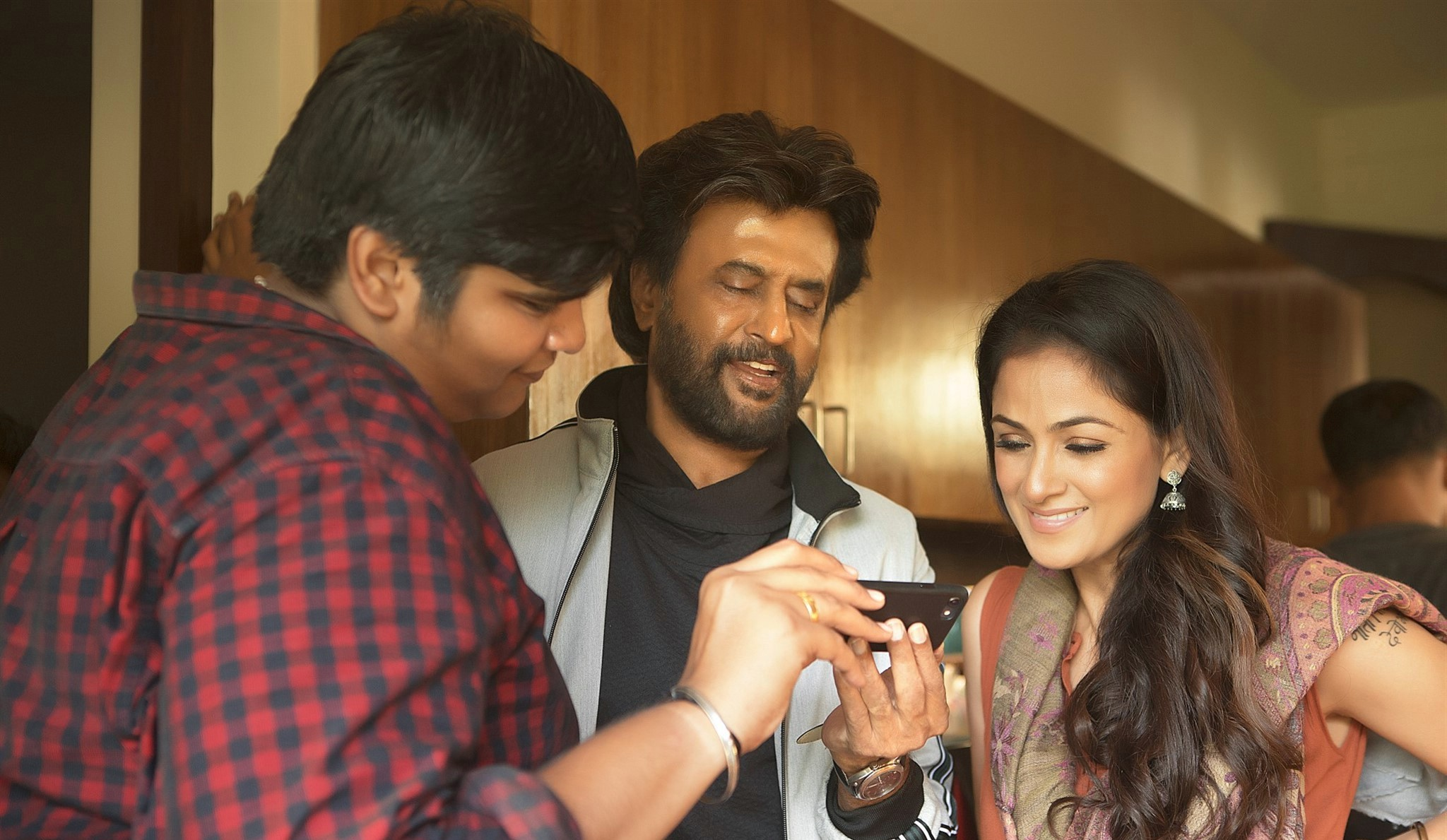 Petta Working Stills