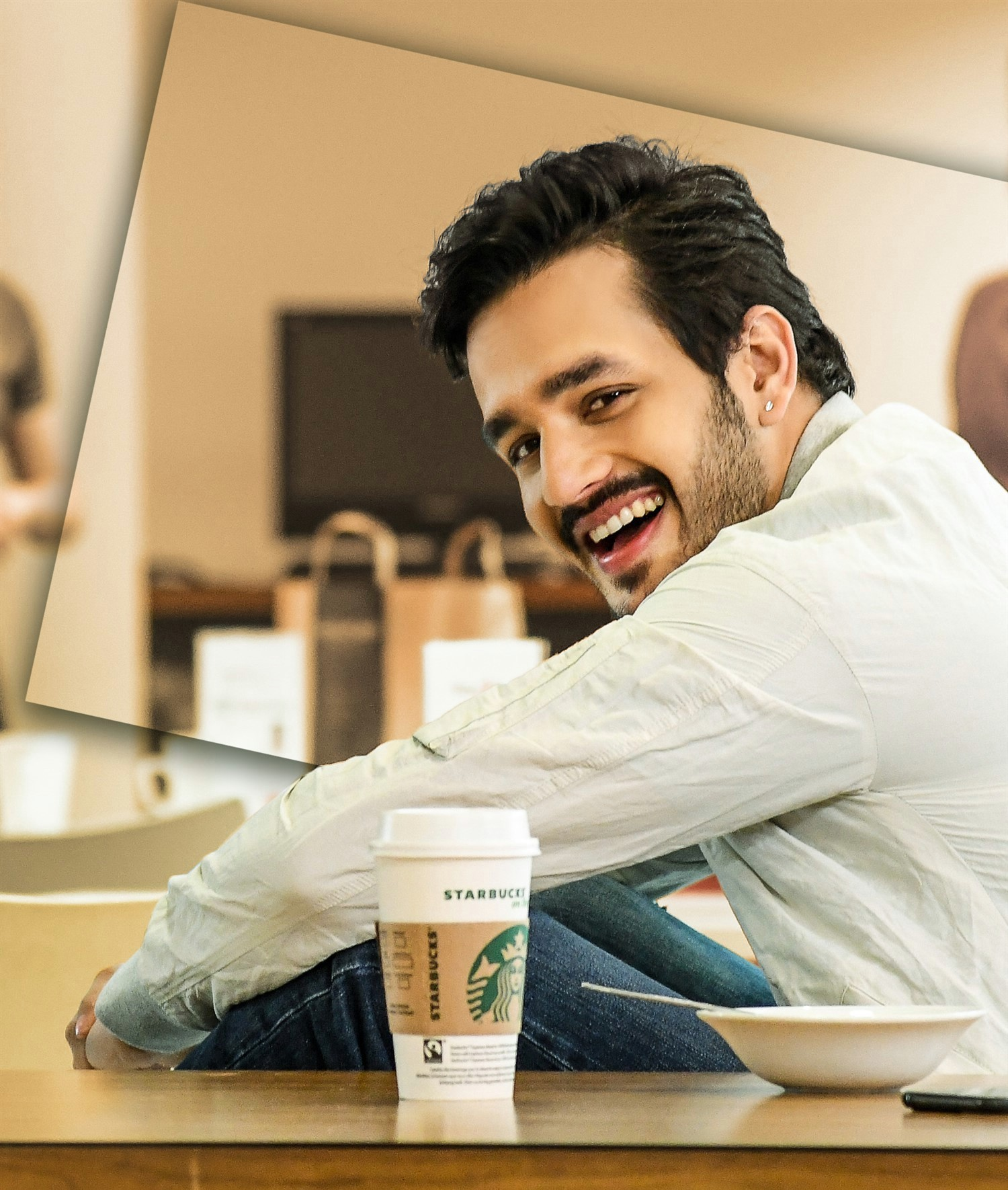 mr-majnu-movie-stills-hd-akhil-akkineni-cute-stills