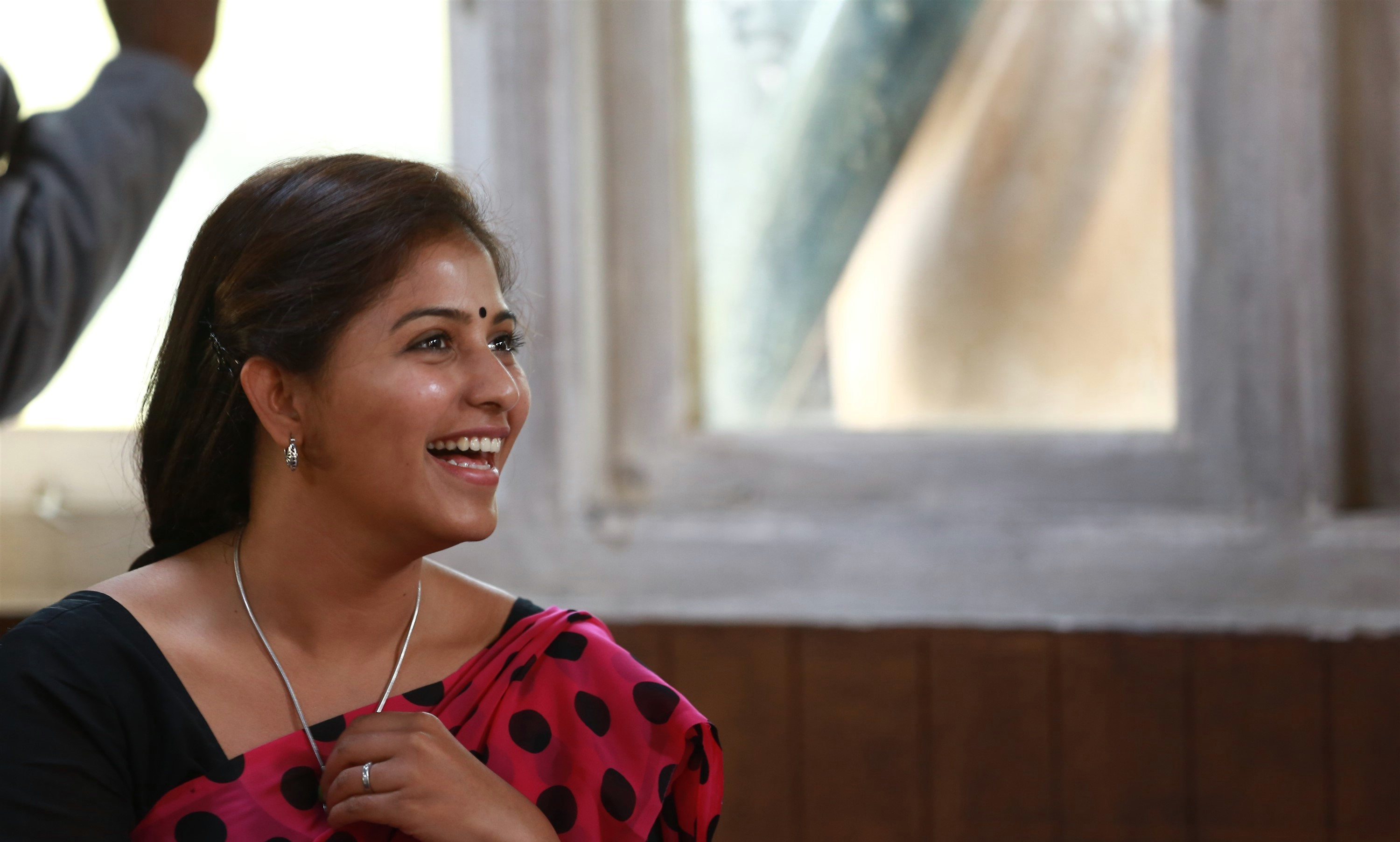 peranbu-movie-stills-anjali-sadhana.