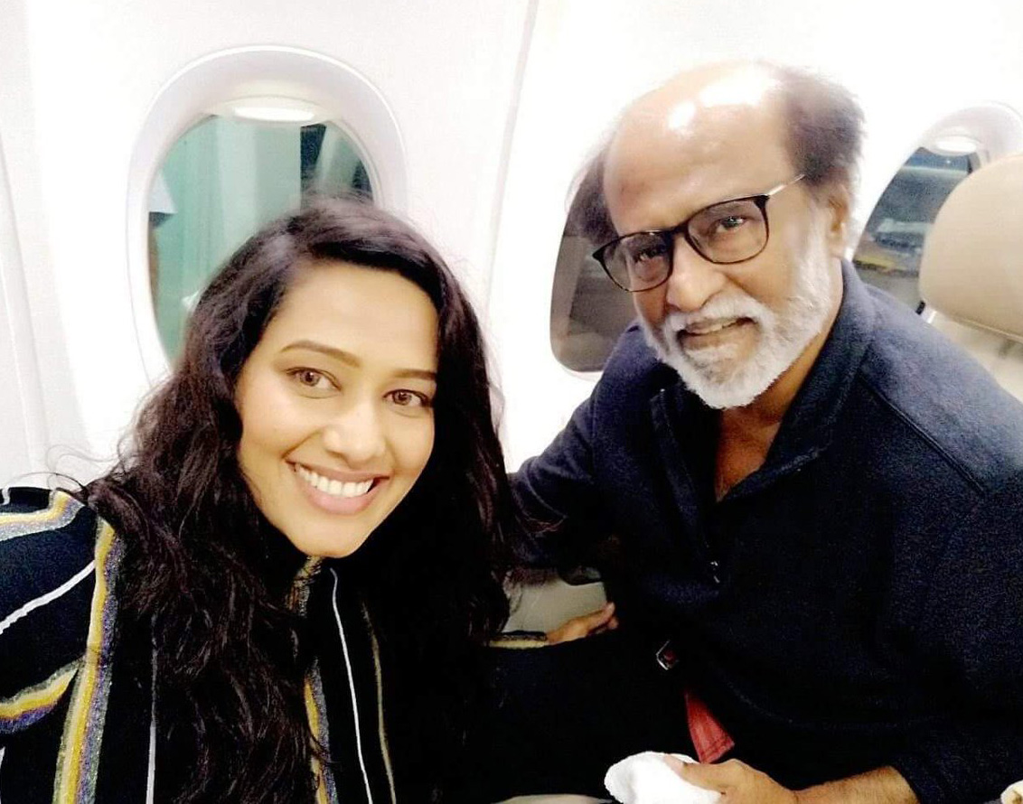 rajini-kanth-selfie-with-actress