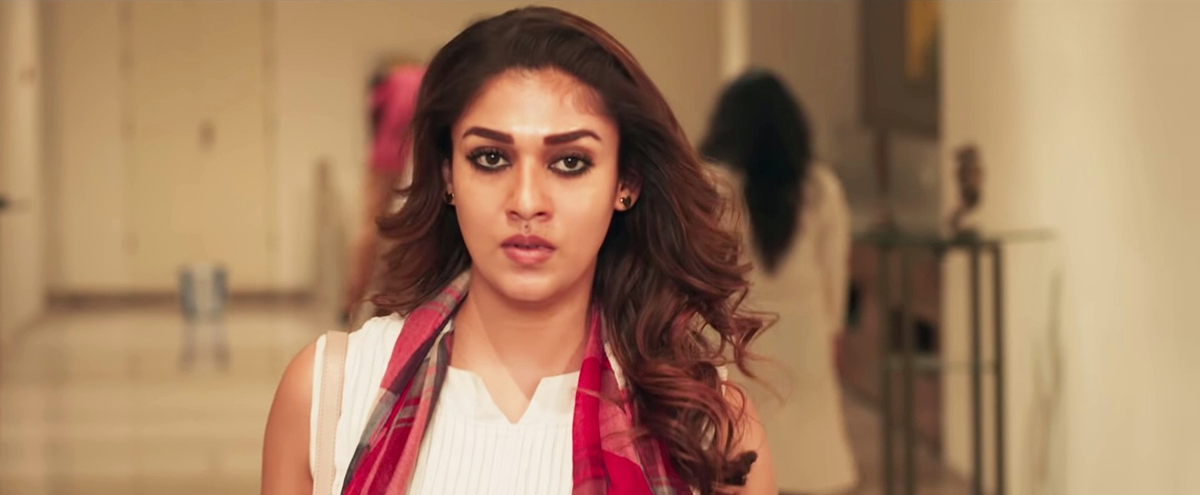 actress-nayanthara-airaa-movie-images-hd-4