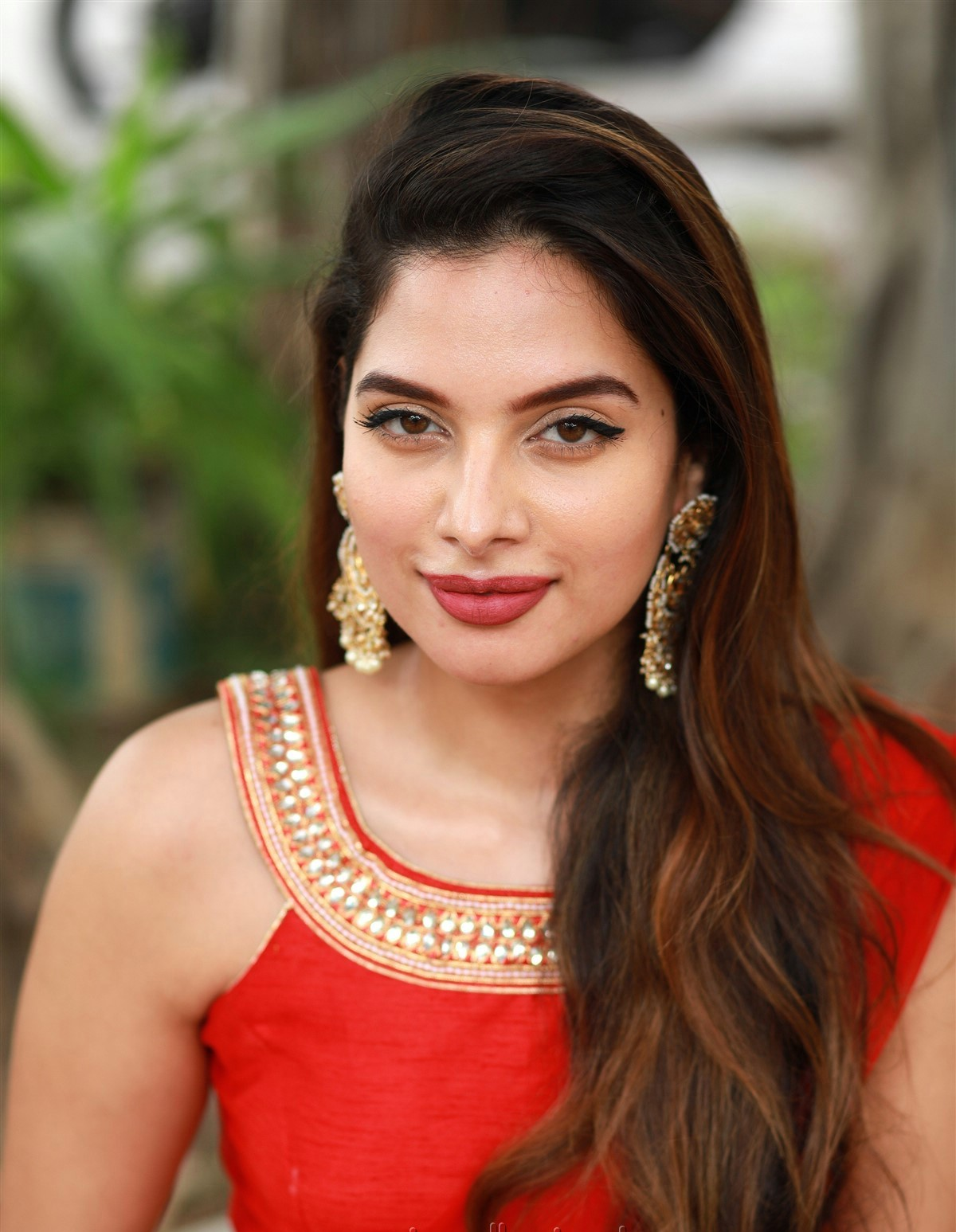 actress tanya hope red saree hot and sexy pose 2 Actress Tanya Hope Hot Red Dress