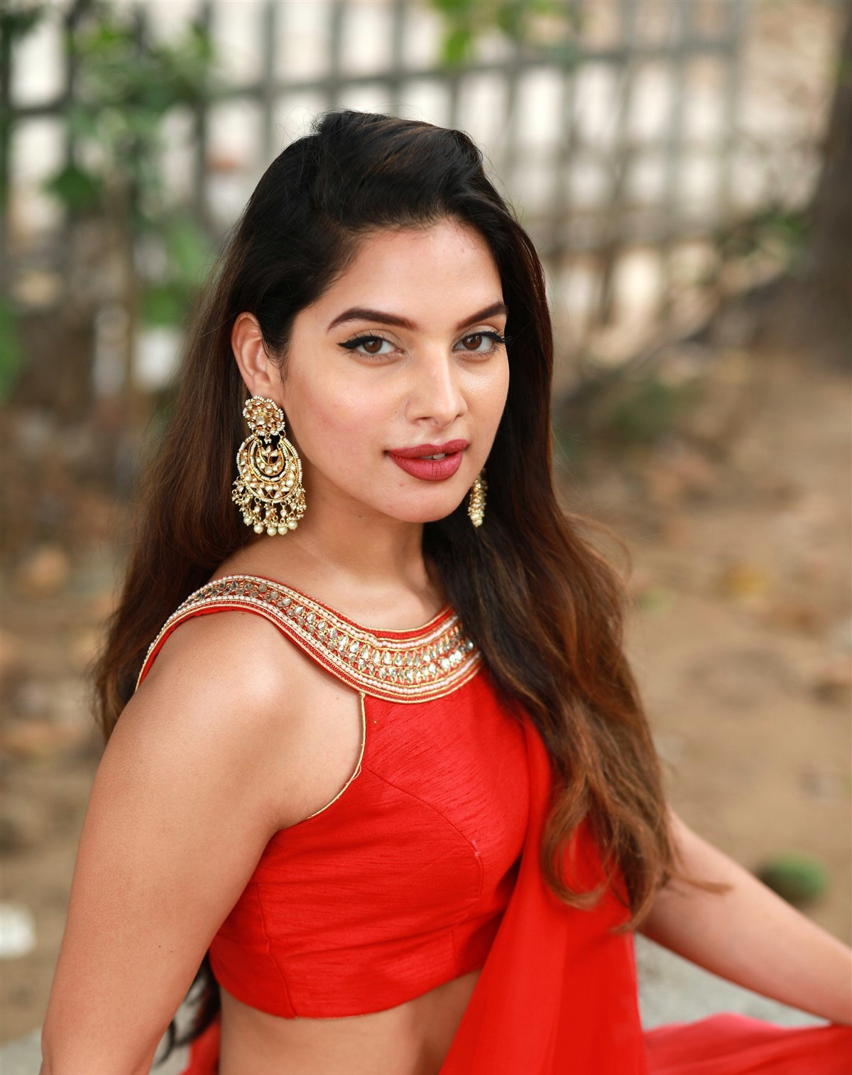 actress tanya hope red saree hot and sexy pose 5 Actress Tanya Hope Hot Red Dress