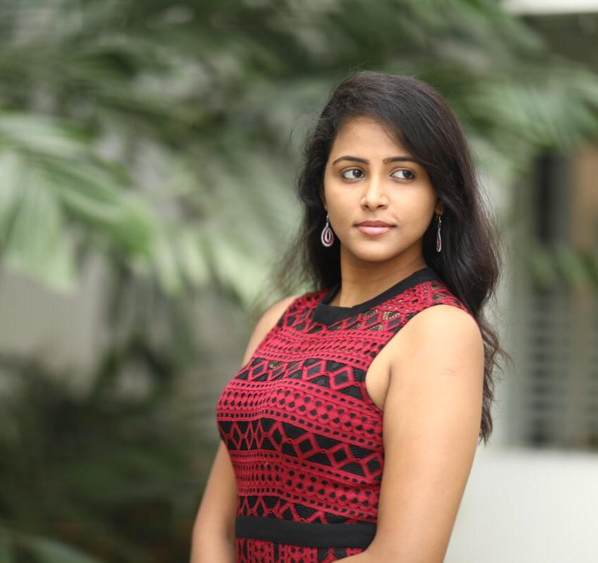heroine-subiksha-latest-photoshoot-pics-cute-collections-3