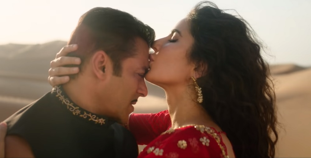 katrina-salman-kiss-bharat-movie