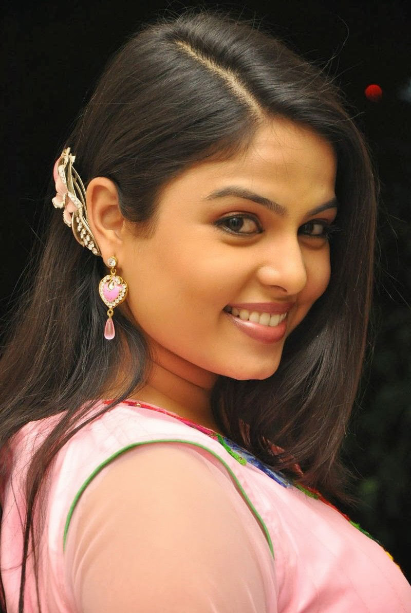 chitralekha-tv-actress-telugu-actress
